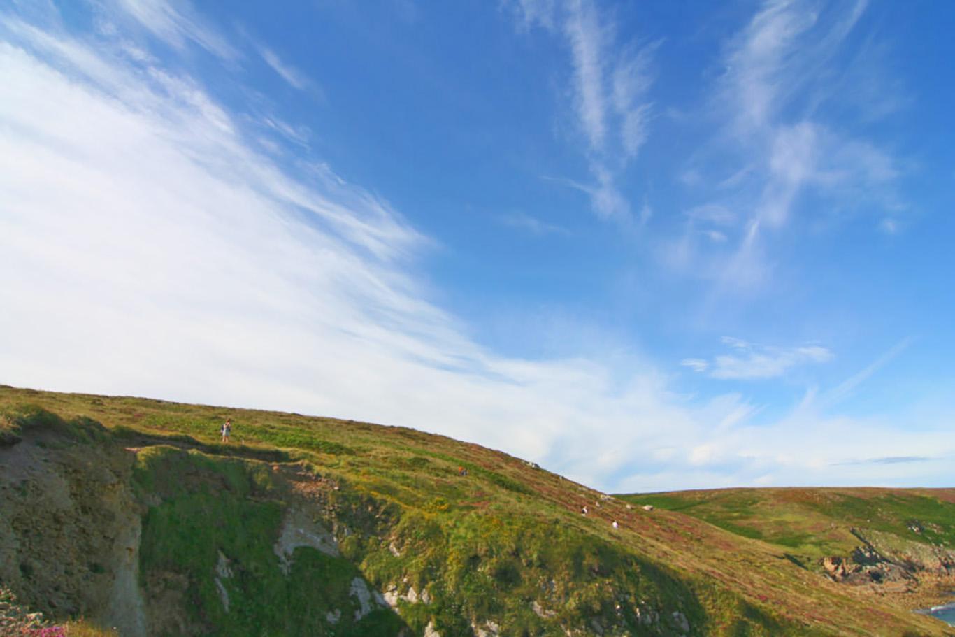 Cielo e brughiere, i tipici paesaggi della Bretagna
