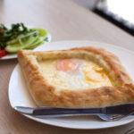 cucina_della_georgia_Khachapuri