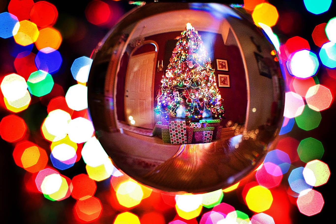 Immagini Di Natale Nel Mondo.Alberi Di Natale Nel Mondo Happy To Be Here