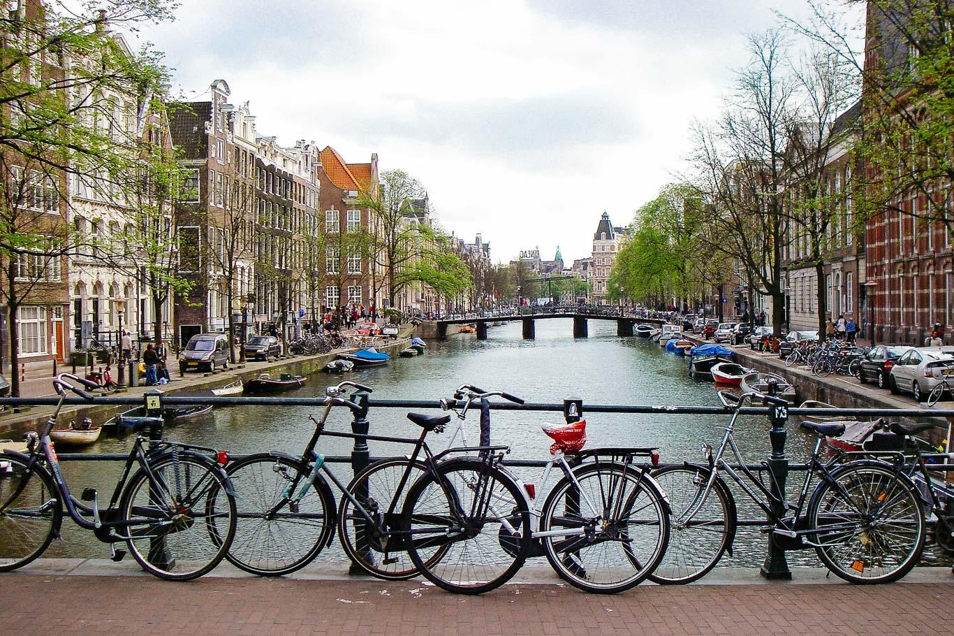 In bici e barca da amsterdam a bruxelles happy to be here for Affitto bici amsterdam