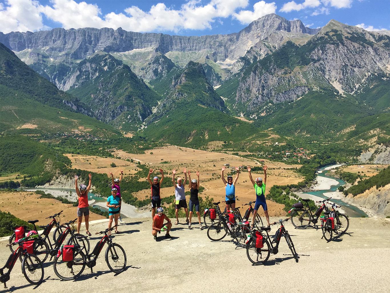 Albania in bici